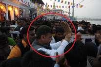 भाजपा सांसद ने खाकी पर उठाया हाथ