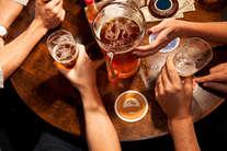 इन घरेलू उपायों से पाएं शराब की लत से छुटकारा!