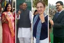 #UPVotes: तीसरे चरण में वीआईपी मतदाताओं ने भी लिया बढ़-चढ़कर हिस्सा