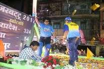 भाजपा महासचिव ने धरा क्रिकेटर सचिन तेंदुलकर का वेश, देखें रोचक तस्वीरें