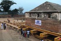 देखें: रेलवे ट्रैक के लिए कैसे टीपू सुल्तान का सेना मुख्यालय 20 मीटर सरकाया गया