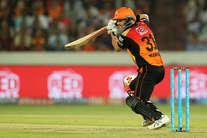 IPL-10: डेविड वॉर्नर ने अपने नाम किया एक नया रिकॉर्ड, गंभीर को भी छोड़ा पीछे