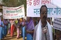 छत्तीसगढ़ के इस जिले में शौचालय का काम पूरा, 'ब्लू ब्रिगेड' चला रहा जागरूक अभियान