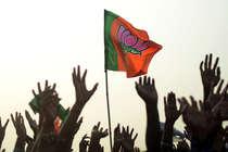 बीजेपी ने खोले पत्ते, यूपी के 149 और उत्तराखंड के 68 उम्मीदवारों का किया ऐलान