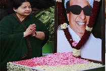 तमिलनाडु: अम्मा के भतीजे का दावा, पूरी प्रॉपर्टी की है मेरे नाम