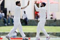 IND vs AUS: उमेश यादव की घातक बॉलिंग, पहले दिन ऑस्ट्रेलिया 9/256 रन