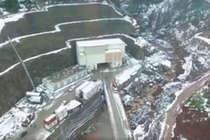 कश्मीर में भारतीय इंजीनियरों ने पहाड़ काट बना दी देश की सबसे लंबी सुरंग