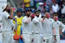 दुबई में दिख सकता है भारत-पाक मैच का रोमांच, बीसीसीआई ने मांगी सरकार से इजाजत