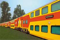 कम किराए में लें एसी का मजा, जुलाई से शुरू होगी डबल-डेकर ट्रेन