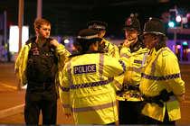 पॉप कॉन्सर्ट के दौरान लंदन के मैनचेस्टर अरीना में आतंकी हमला, 22 की मौत