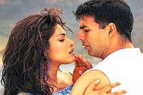 कभी अक्षय तो कभी शाहरुख, कई हीरो के साथ जुड़ा प्रियंका का नाम!