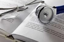 मेडिकल-इंजीनियरिंग ही नहीं है आख़िरी पेशा, प्रतिष्ठा का सवाल बनाने से बचें