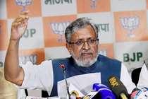 बिहार की राजनीति में भूचाल, सुशील मोदी ने फिर लगाया लालू परिवार पर सनसनीखेज आरोप