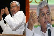 लालू के कुनबे के तीखे बाणों से आहत थे नीतीश कुमार! जानिए किसने क्या कहा?