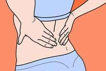 आज की भागदौड़ भरी और व्यस्त जिंदगी में कमर या पीठ दर्द की समस्या आम है. आयुर्वेद के अनुसार पीठ का दर्द वात के कारण होता है. लेकिन संतुलित और नियंत्रित आहार के द्वारा पीठ के दर्द से बचा जा सकता है. आइए जानते हैं कि आयुर्वेद के अनुसार किस प्रकार का आहार आपको पीठ दर्द की समस्या से बचा सकता है.