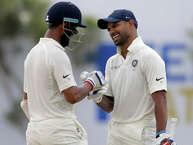 भारतीय क्रिकेट टीम श्रीलंका के खिलाफ तीन मैचों की सीरीज़ का पहला टेस्ट गॉल में खेल रही है. भारतीय टीम ने टॉस जीतकर पहले बल्लेबाज़ी का फैसला लिया. टीम इंडिया के टेस्ट इतिहास का यह 513वां मुकाबला है. इसी के साथ ही एक दिलचस्प बात भी सामने आई है. (AP)
