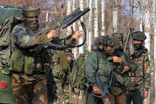 सेना में हथियारों की कमी पर फौजियों का ऐसा कारनामा कि मोदी भी प्रभावित, किया सम्मान