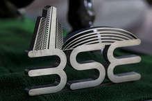 वित्त मंत्री के बजट से शेयर बाजार खुश, सेंसेक्स में 350 अंकों से ज्यादा की उछाल