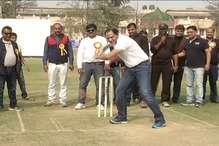 अजहरूद्दीन ने कोहली को बताया क्रिकेट के तीनों फार्मेट के लिये 'परफेक्ट कैप्टन'