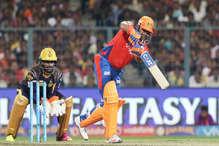 IPL-10: गंभीर-लिन की आंधी में ढेर हुए रैना के 'लायंस', 10 विकेट से दी मात