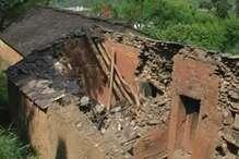 VIDEO-बारिश लायी आफत, टिहरी में कई मकान ज़मींदोज़