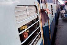 फिर बढ़ सकता है रेल किराया, ये है सरकार की प्लानिंग!