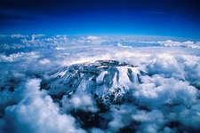 ये हैं दुनिया की सबसे ऊंची पर्वत चोटियां, हर कदम पर घूमती है मौत!