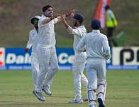 शमी और उमेश की तूफानी गेंदबाजी के सामने लड़खड़ाई वेस्टइंडीज, पहली ही पारी में ऑलआउट