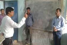 SDM ने छात्रों को गाली सिखाई, फिर सबके सामने टीचर को सुनाई