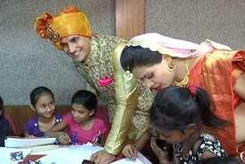 VIDEO: डॉक्टर दंपति की शादी में दिव्यांग बच्चे बने स्पेशल गेस्ट