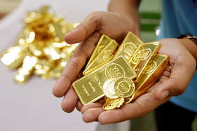 सोने के मुकुट बनाने वाले कारोबारी पर इनकम टैक्स का छापा, फर्जी कंपनी बना जमा किए करोड़ों