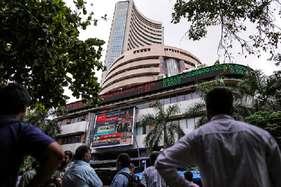 बरगद के इस पेड़ के नीचे लगता था शेयर बाजार, ऐसे होते थे सौदे, पूरे एशिया की रहती थी नजर..!