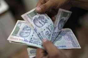 आयकर छापेमारी में कर्नाटक के मंत्री और महिला कांग्रेस प्रमुख के पास मिले 162 करोड़
