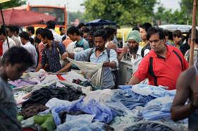 ये है दिल्ली का 'चोर बाजार', किलो के हिसाब से मिलती हैं किताबें, शॉपिंग मॉल से सस्ते मिलेंगे ब्रैंडेड कपड़े