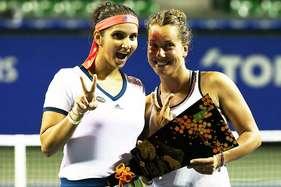 सानिया-स्ट्राइकोवा ने जीता टोरे पेन पैसीफिक ओपन का खिताब