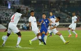 आईएसएल : दिल्ली ने दिखाया दम, मुंबई के साथ 3-3 के स्कोर पर खेला ड्रॉ