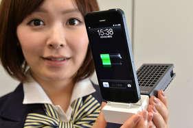 मोबाइल की बैटरी बचाने के लिए ये हैं आसान ट्रिक्स!