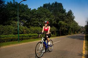 दिल की बीमारी और मोटापे से पाना है छुटकारा तो रोज चलाएं साइकिल!