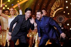 इस अवार्ड शो को एक साथ होस्ट करेंगे शाहरुख और सलमान