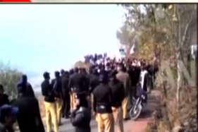पीओके में पाकिस्तान के खिलाफ फूटा गुस्सा, सड़कों पर उतरे लोग