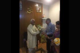 संघ मुख्यालय पहुंचे रतन टाटा, मोहन भागवत से की मुलाकात