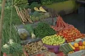देखें: नोटबंदी से बेहाल हुईं सब्जी मंडियां, मुरझाए दुकानदारों के चेहरे