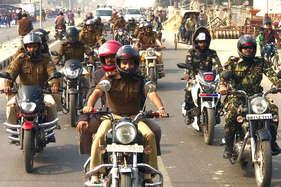 पूर्णिया में बनी 352 किलोमीटर लंबी मानव श्रृंखला, बाइक रैली में शामिल हुए डीएम-एसपी