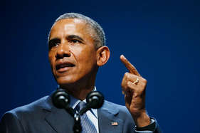 विकीलीक्स को जानकारी देने वाली चेल्सी मैनिंग की सजा ओबामा ने तीन दशक घटाई