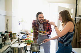 डायबिटीज से बचने के लिए घर का बना खाना होता है फायदेमंद