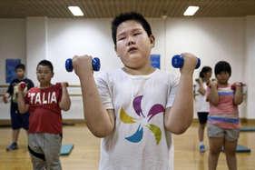 बच्चों सहित 30 प्रतिशत लोग हैं मोटापे का शिकार