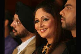 अभिनेत्री रति अग्निहोत्री और उनके पति के खिलाफ बिजली चोरी का केस दर्ज
