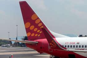 स्पाइसजेट विमान में खराबी के चलते दिल्ली एयरपोर्ट पर इमरजेंसी लैंडिंग