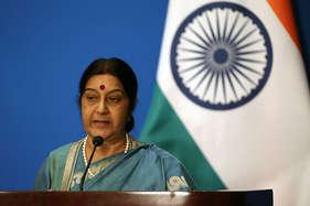 भारतीयों पर हुए नस्लीय हमलों पर चुप नहीं रहेगी सरकार: सुषमा स्वराज