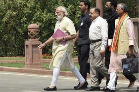सरकार को आर्थिक मोर्चे पर घेरेगा ये हफ्ता, IIP आंकड़ों पर रहेगी आरबीआई की नजर